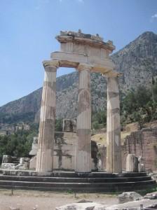 Tholos del Santuario de Atenea Pronaia, en el Monte Parnaso (Foto Flickr de Shosta75)