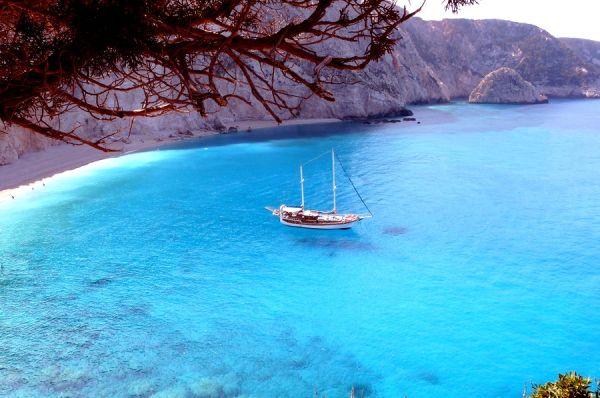 Alquilar un velero en Grecia, un sueño que puede hacerse realidad.