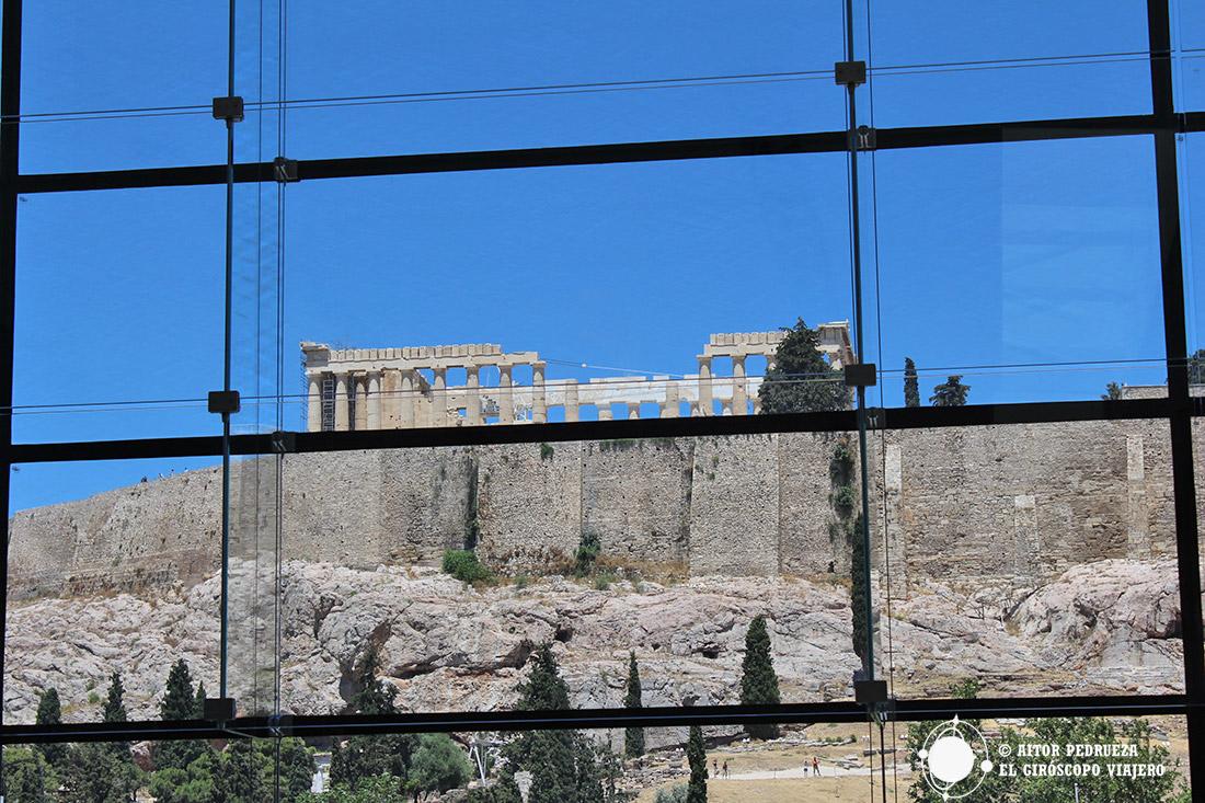 Vista del Acrópolis y el Partenón desde el Museo