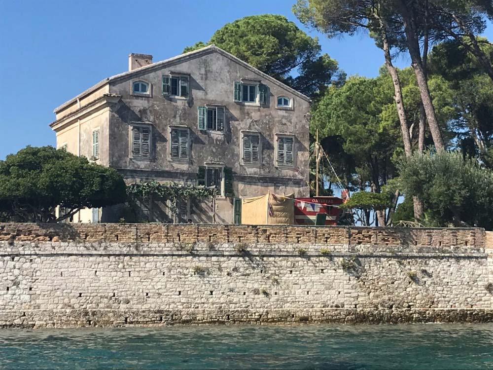 Villa Posillipo, casa de la serie Los Durrells